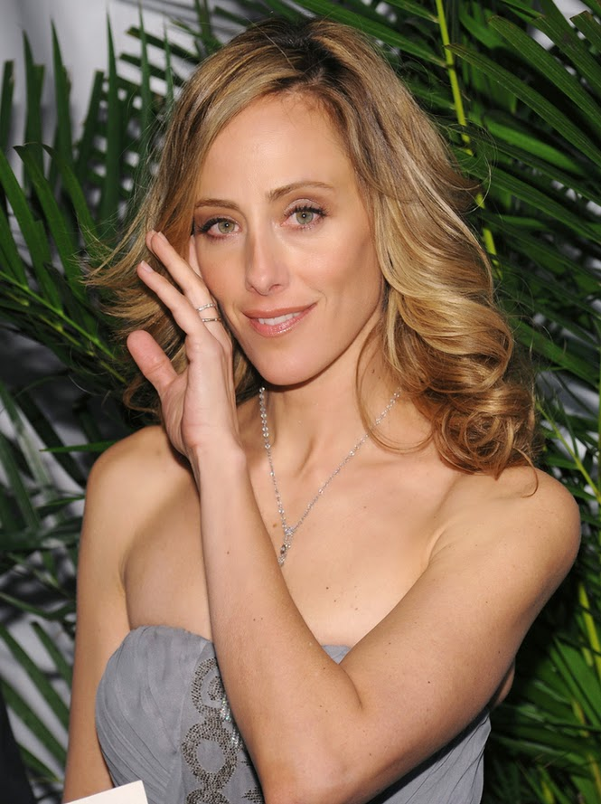 Celebrity HD Wallpapers: Kim Raver HD Wallpapers