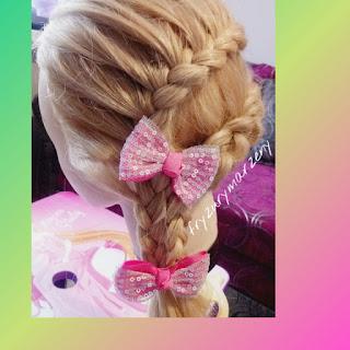 bal karnawałowy, warkocze,upięcie na choinke,zabawa dla dzieci,fryzury dla dziewczynek,warkocze