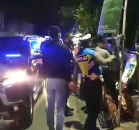 "Baliho dan Atribut Dicopot Aparat, FPI Kota Tangsel ""Fine-fine"" Saja"