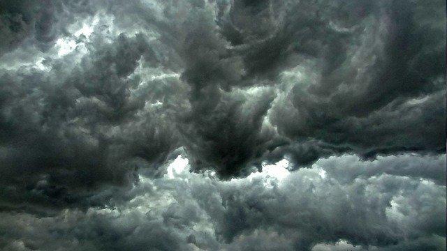المطب الهوائي,الطائرة,حوادث طيران,الرياح القوية,الريح,القوية,حادث,طيران,مطبات,هوائية