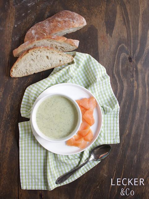 Zucchini suppe, Suppe, Suppe einfach, suppe mit kresse, suppe mit brie, brie, kressesuppe, suppe mit kresse, zucchini suppe mit lachs, räucherlachs, suppe mit räucherlachs, einfache suppe, schnelle suppe, leckere suppe, suppe rezept, suppe einfach, rezept einfach, wintersuppe, foodblog, foodblogger, leckerundco, lecker co, foodblog lecker, foodblogger rezepte, tina kollmann, fürth, nürnberg, foodblog fürth, foodblog nürnberg, foodblog erlangen
