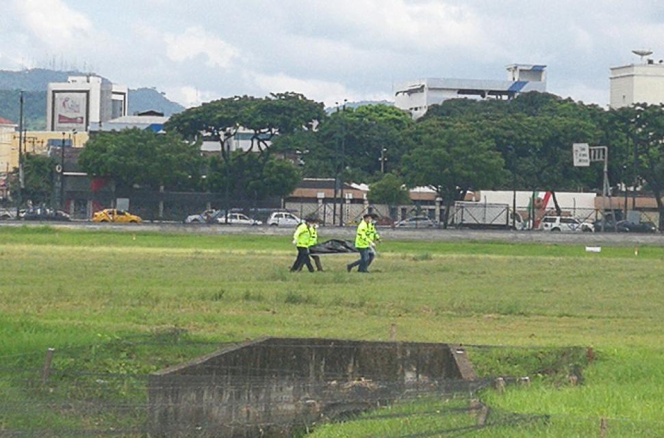 Kathryn s report stowaways killed on takeoff at jos 233 joaqu 237 n de olmedo international airport
