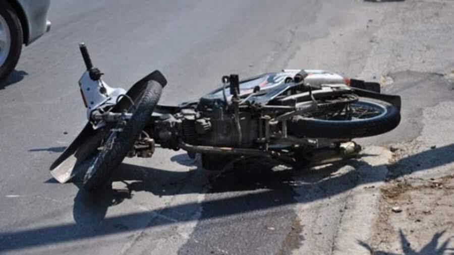 Τροχαίο ατύχημα με τραυματισμό δικυκλιστή στη Λάρισα