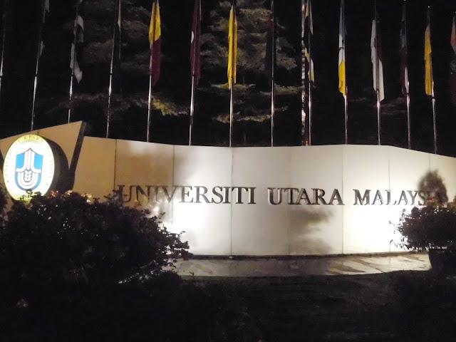 suasana universitas utama malaysia