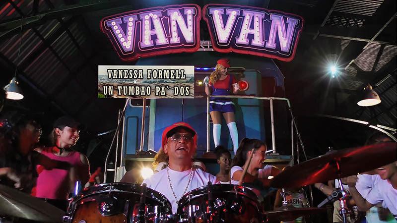 Vanessa Formell y Los Van Van - ¨Un tumbao pa' dos¨ - Videoclip - Dirección: Maykel Román. Portal Del Vídeo Clip Cubano