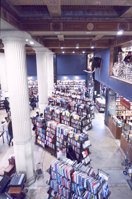 date ideas in los angeles - the last bookstore