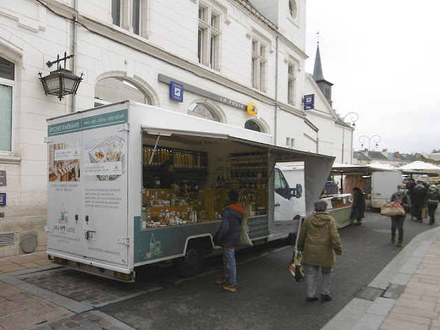 Bulk (packaging free) grocery truck at Loches market. Indre et Loire, France. Photo by Loire Valley Time Travel.