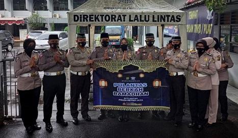 "Samsat Cikokol Kota Tangerang Tampilkan ""Polantas Berkah Ramadahan"""