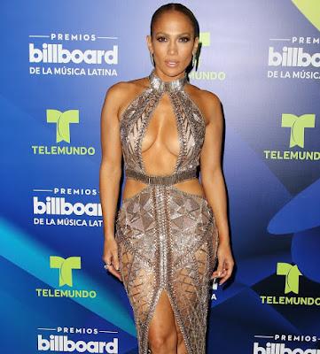 Jennifer Lopez completou 50 anos de telento, sensualidade e beleza