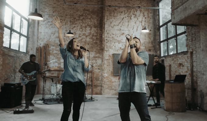 'Yeshua': clipe de Heloisa Rosa e Fernandinho supera 1 milhão de visualizações no YouTube