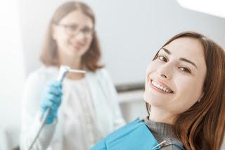 Diş ağrısı için ağrı kesici ilaçlar  İltihaplı diş ağrısına ne iyi gelir  Kırık diş ağrısına ne iyi gelir  Çürük diş ağrısına ne iyi gelir  Çocuğun diş ağrısına hangi ilaç  20lik diş ağrısına ne iyi gelir  Diş ağrısı için ağrı kesici ilaçlar  Diş ağrısı için ilaç Apranax