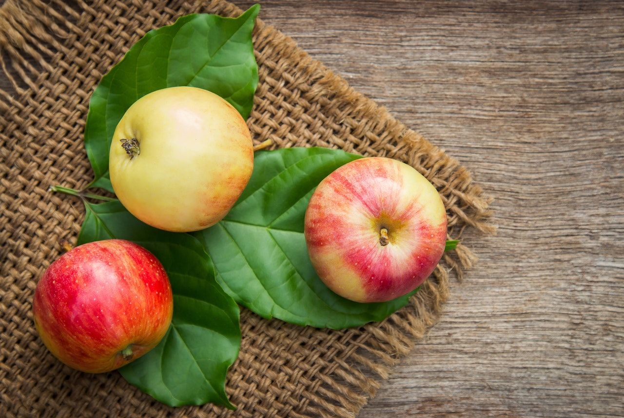 buah apel untuk perkembangan otak
