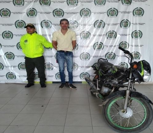 Recuperan moto robada y capturan al ladrón