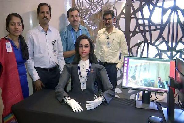 بالفيديو: الهند تحضر لإطلاق مركبة إلى الفضاء بقيادة روبوت!