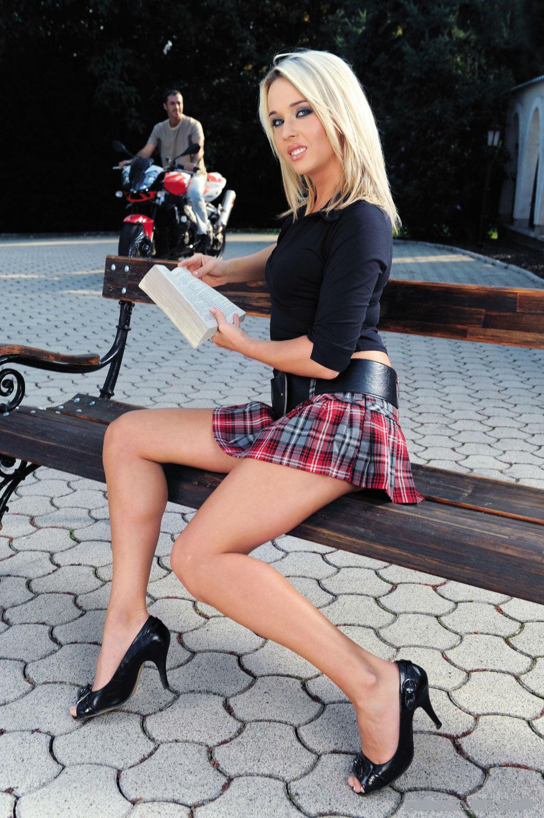 Skirt And Leg 37