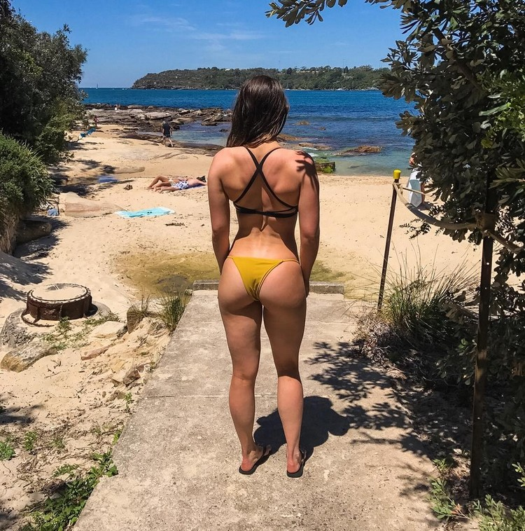 Bec Chambers Australian fitness model and Instagram star