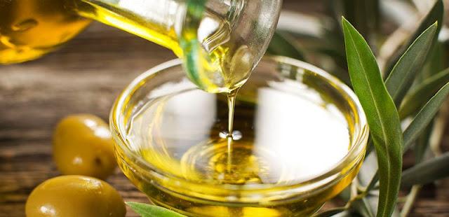 Castor Oil Uses for Hair Growth