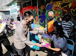 Wakapolres Kediri Kompol Anggi Saputra Ibrahim Serahkan Ratusan Bansos untuk Warga Masyarakat Terdampak Covid-19