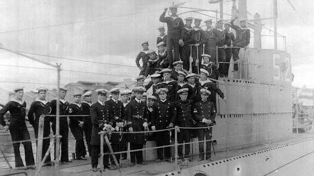 En setiembre de 1933 arriban a Mar del Plata los primeros 3 submarinos especialmente construidos para la Armada