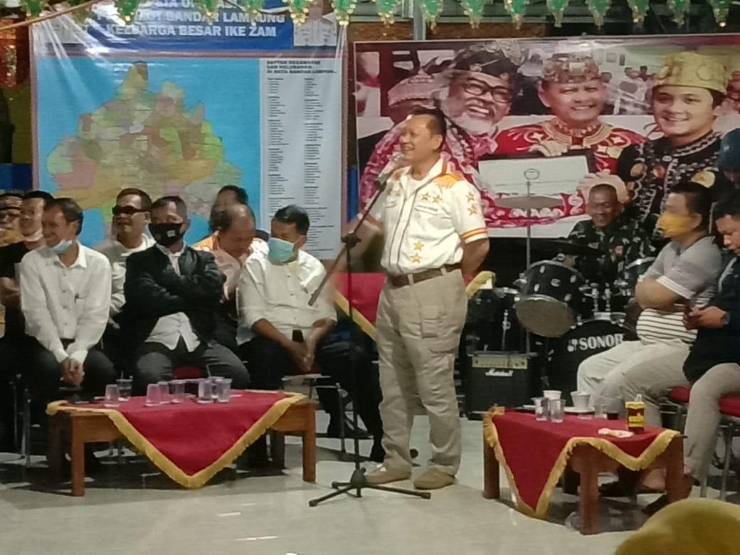 Kericuhan terjadi saat KPUD Kota Bandar Lampung gelar pleno verivikasi faktual II, terkait dukungan Ike Edwin dan Zam Zanariah