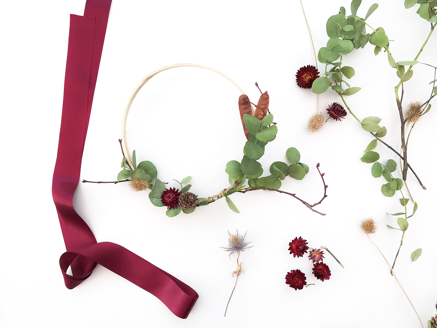 DIY Flower Hoop Autumn Wreath