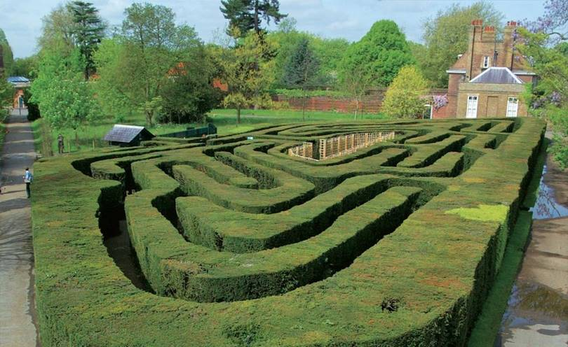 hedge maze, garden maze, hardest maze in the world, largest maze, largest maze in the world, world largest maze, biggest maze in the world, human maze, best mazes, giant maze, outdoor maze, maze gardens, labyrinth hedges, famous mazes, hedge maze design, world maze, hedge maze labyrinth