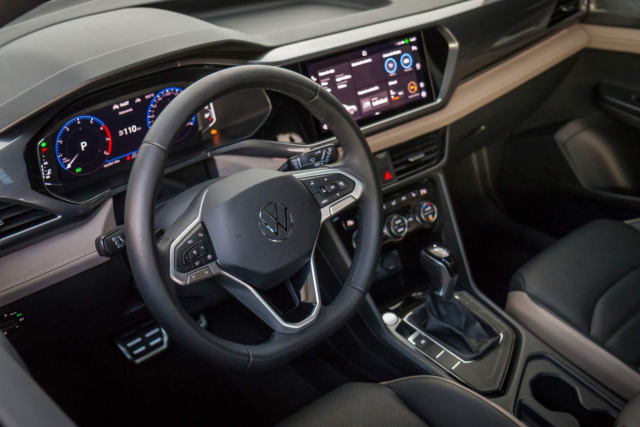 VW Taos - interior