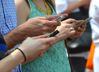 Mobile plans with commitment are endangered