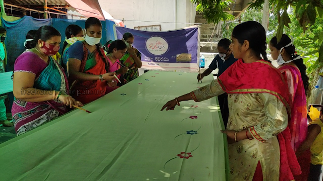 one day fabric paint training program on sarees pictures - 4