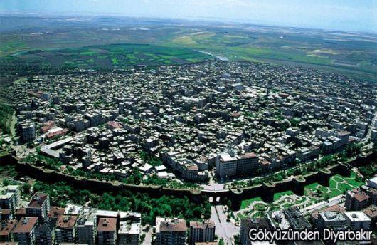 viajar a ratos: Turquía. Diyarbakir, la ciudad de las sandías