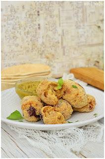 Receta de Croquetas de pollo y huevo - Croquetas de pollo caseras, súper jugosas- Croquetas de pollo caseras- Croquetas de pollo receta- Receta de croquetas de pollo y queso caseras- Receta de croquetas de pollo receta fácil- Croquetas de pollo sin gluten -- Croquetas de pollo asado-