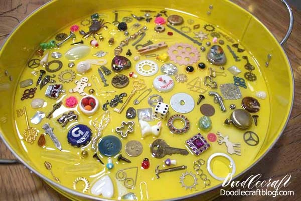 Make an I spy game resin trinket serving tray