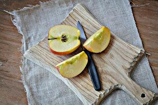 makanan burung kenari buah buahan