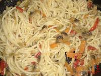 Espaguetis y verduras integrados