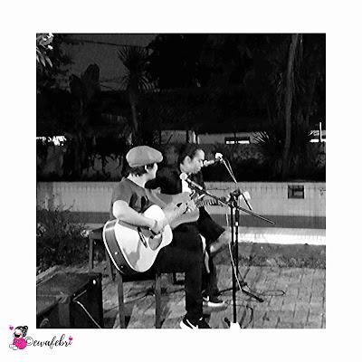 live music by Guzmow