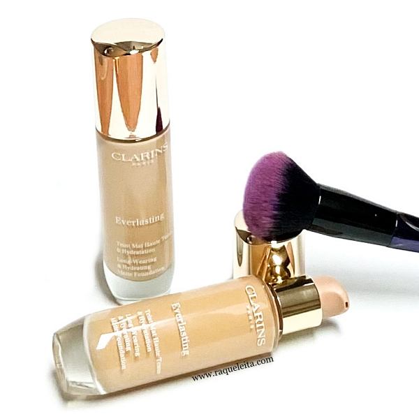 clarins-everlasting-foundation
