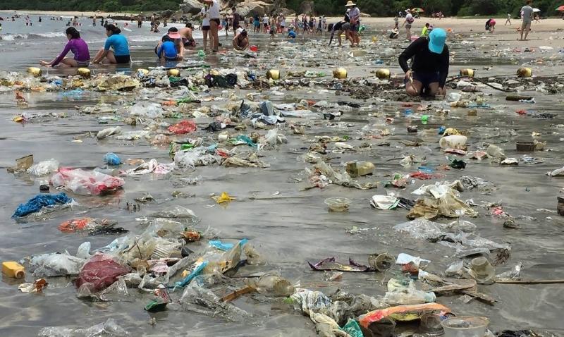Lixo nas praias de Hong Kong