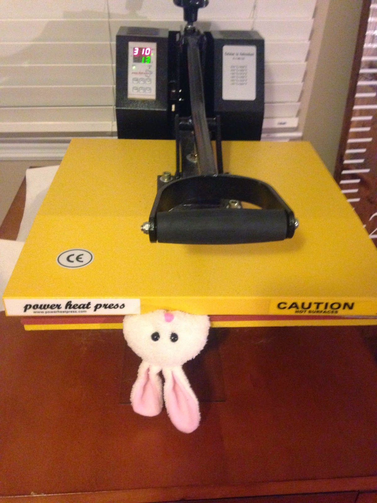 HTV, heat transfer vinyl, stuffed animals, heat press, iron
