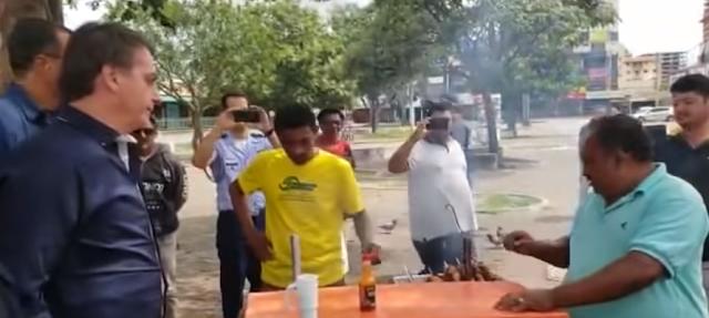 Bolsonaro conversa com o povo