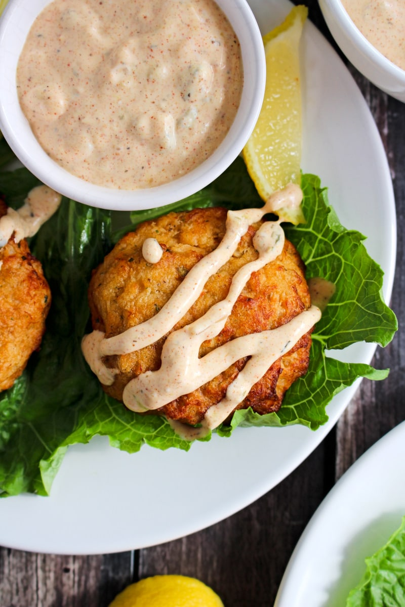 This 5 Minute Remoulade recipe is a bold, flavorful, easy to make topper for your crab cakes or fried seafood. It's better than a restaurant sauce! #remoulade #seafoodsauce