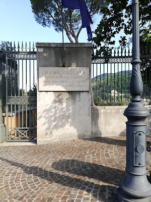 ingresso di Villa Gregoriana a Tivoli