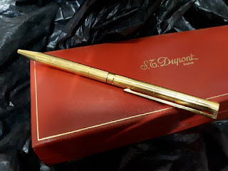 S..T. Dupont Seri 5D4NF56 18k Gold Plated Original With Dupont Red Box
