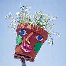 Mrs. Green Beans Planter
