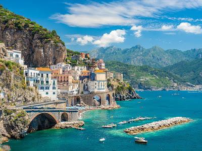 honeymoon in Amalfi Coast