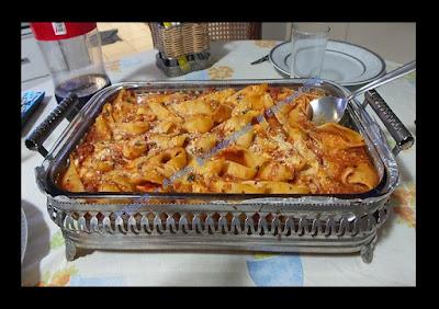 ALMOÇO; JANTAR; CULINÁRIA; MASSAS; receita fácil; prato único; prato principal; receita rápida; receita com presunto e queijo; receita italiana; culinária italiana; macarrão; conchiglione; macarrão concha; molho de tomate