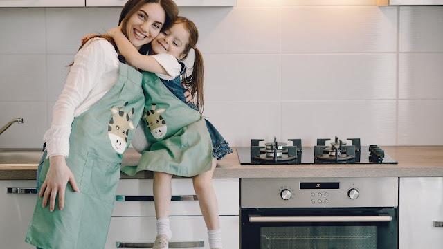 Ibu rumah tangga vs Ibu bekerja