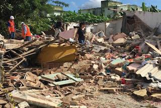 Explosão de gás destrói três casas e mata duas pessoas em Camaragibe, PE