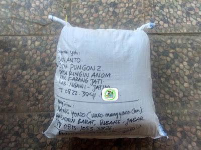 Benih padi yang dibeli  SUYANTO Ngawi, Jatim. (Setelah packing karung ).