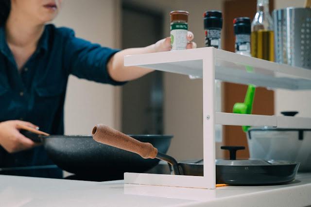 tower伸縮式雙層收納架(白) 山崎Yamazaki 廚房收納 空間再利用 調味料好拿取