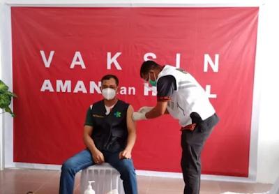 Disuntik Vaksin Sinovac, JR Saragih: Jangan Khawatir Vaksin Ini Aman dan Halal